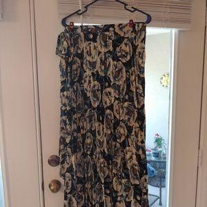 Deanne wrap skirt